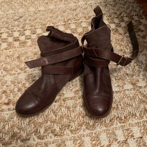 size 6 Dune London leather booties